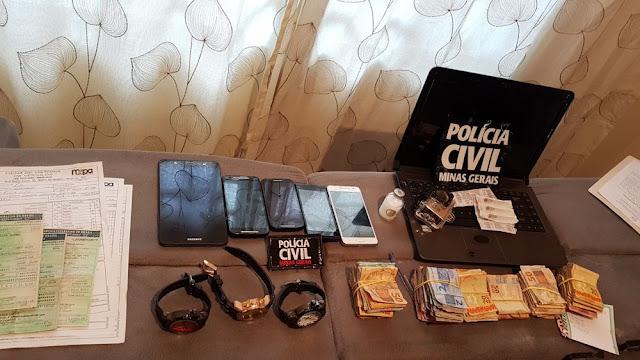 Operação da Polícia Civil apreende dinheiro, drogas e aparelhos eletrônicos em Varginha e Guapé (Foto: Polícia Civil)