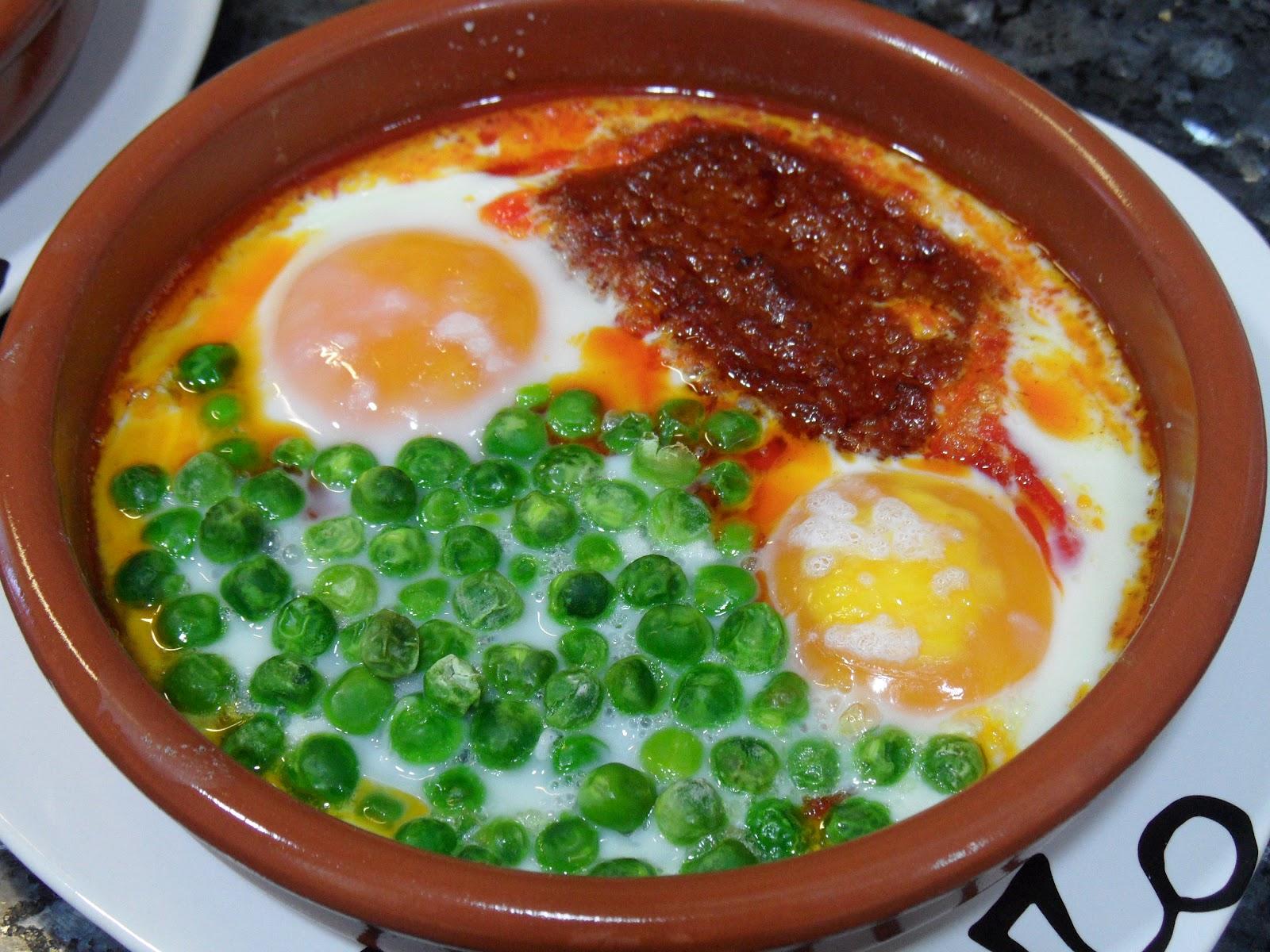 Cocina Mallorquina | Cocina 3 Generaciones Huevos Al Plato A La Mallorquina
