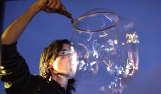Taller experimental con burbujas de jabón