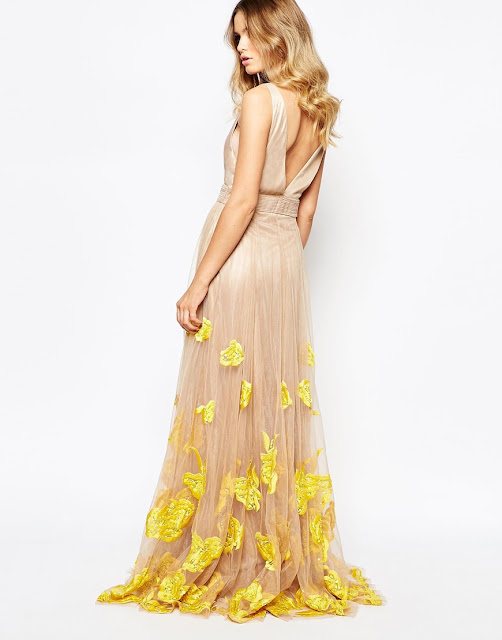 a star is born yellow flower edge dress, plunge neck flower edge dress, a star is born blush dress,