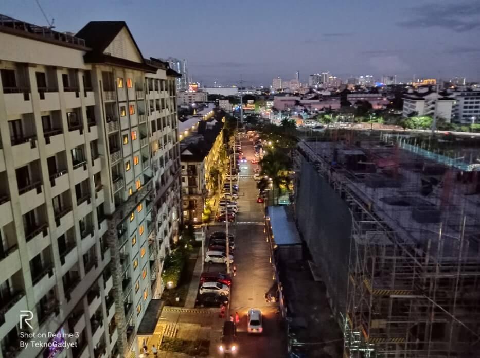 Realme 3 Main Camera Sample - Cityscape, Nightscape