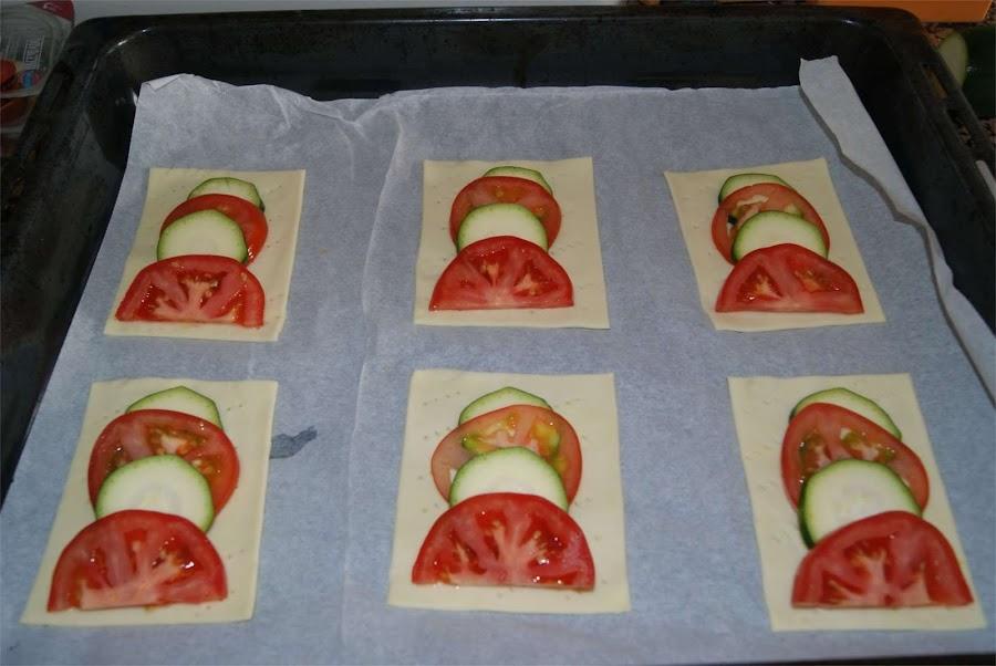 Hojaldres de tomate y calabacín paso 2