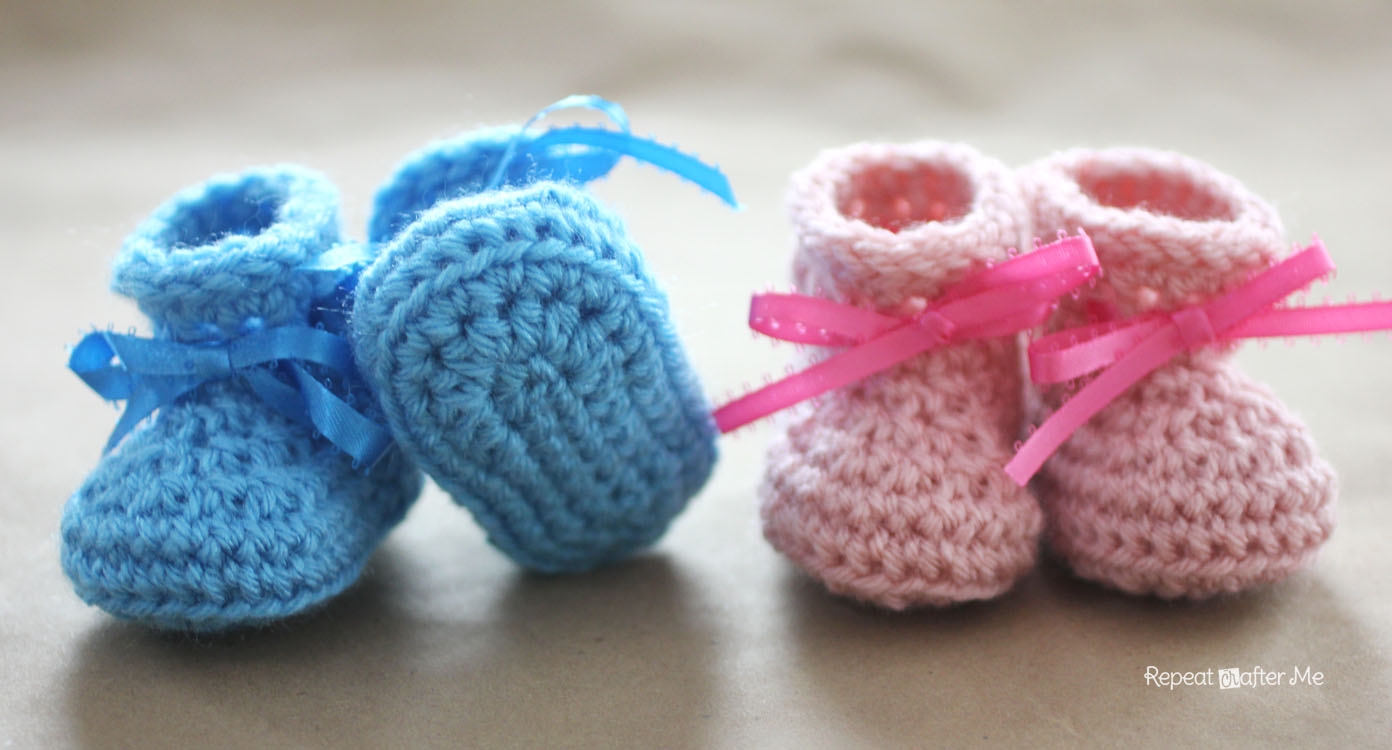 Free Crochet Pattern Baby Lion Booties : Crochet Newborn Baby Booties Pattern - Repeat Crafter Me