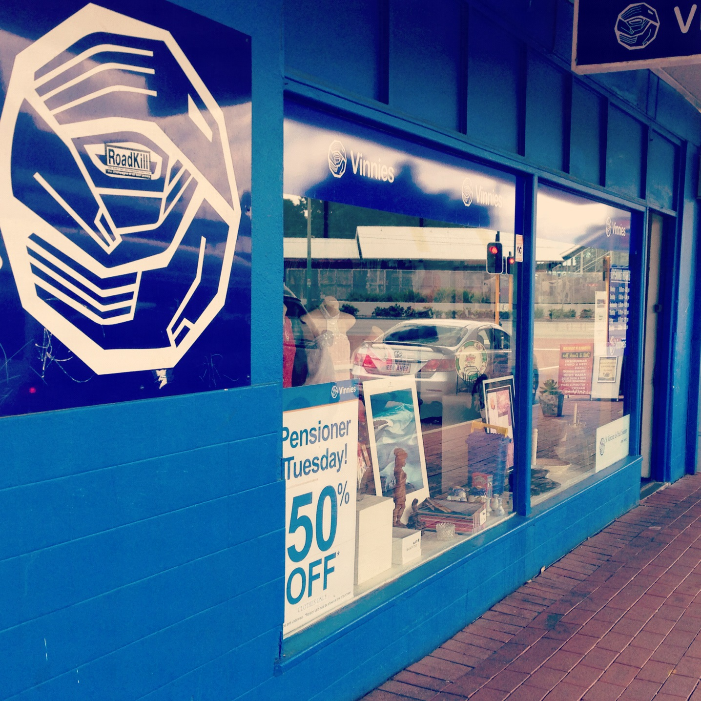 Electric Blue - Vinnies Bassendean Op Shop Review