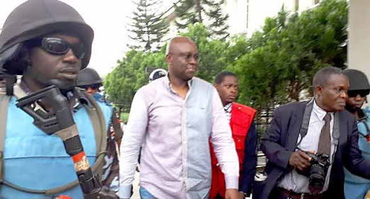Fayose Shocks EFCC With 'Stomach Infrastructure'; Buys Food For 150 People In Their Office