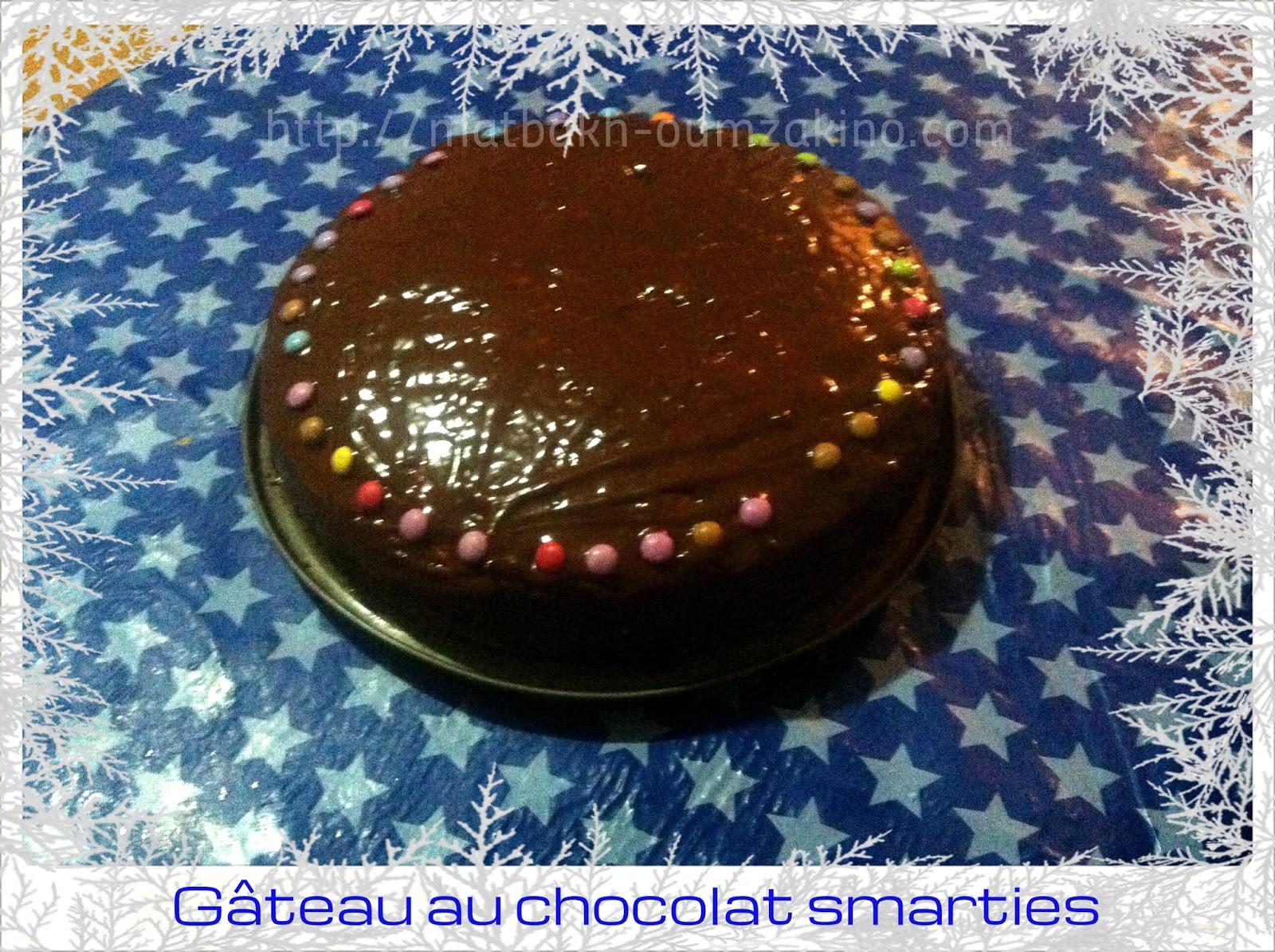 Gateau nappage chocolat smarties