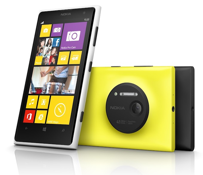 Nokia Lumia 1020 stars in skydive stunt during Middle East launch