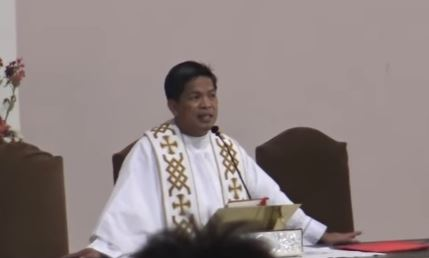 Father Fernando Suarez Healing Mass: 2017