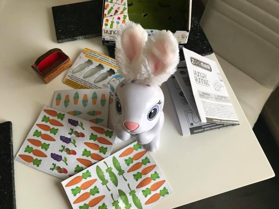Mama Mummy Mum Zoomer Hungry Bunnies Interactive Bunnies With
