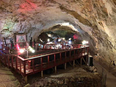 Inside Grand Canyon Caverns.