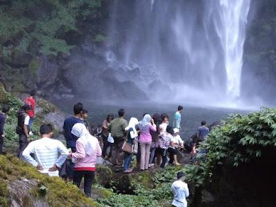 Curug Cipendok obyek wisata di Purwokerto