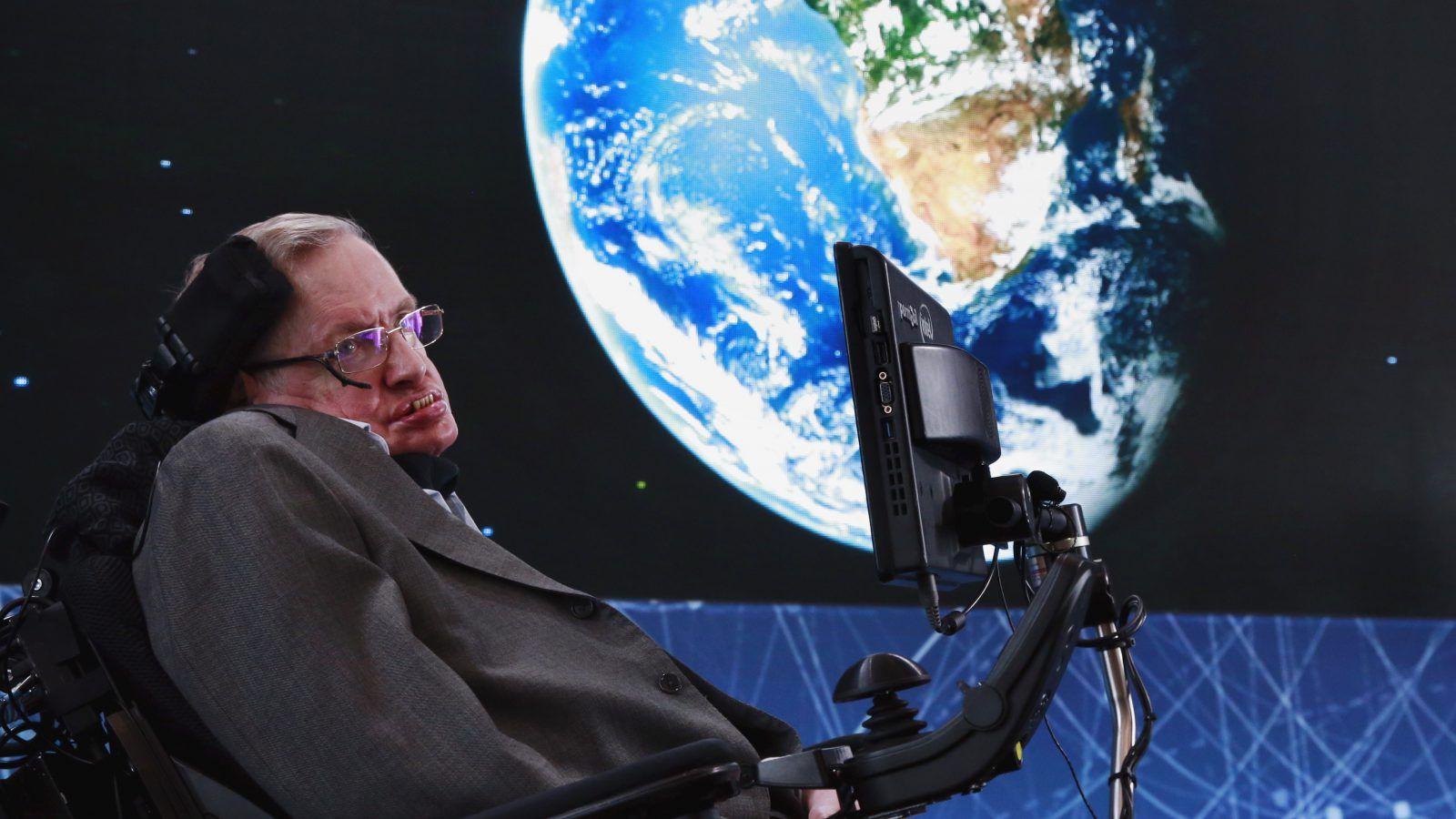 Tech giants mourn Hawking's death | Latest News