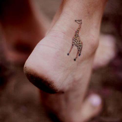zürafa dövmesi giraffe tattoo