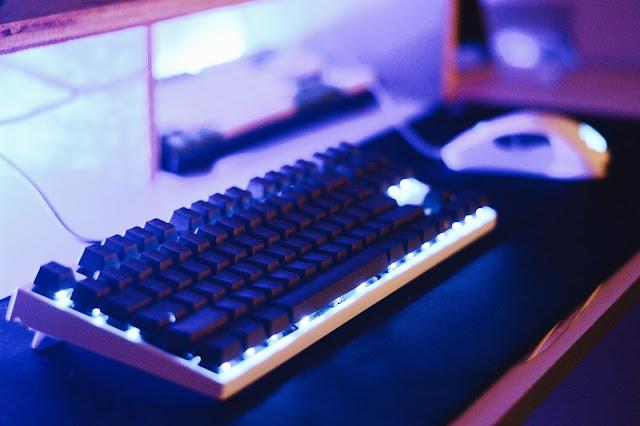 mechanical keyboard, gaming keyboard. gaming mouse