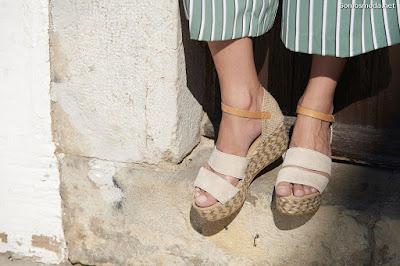 Zapatos de moda de  mujer