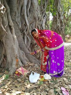 वट सावित्री व्रत कथा, पूजा विधि और इसका महत्व | वट सावित्री व्रत 2018 | vat savitri vrat and puja vidhi significance of vat savitri katha hindi 2017 @NandaniTutorial