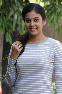 Actress Chandini in ed Tight Top at Ennodu Yilayadu tamil movie press meet ~  35.jpg