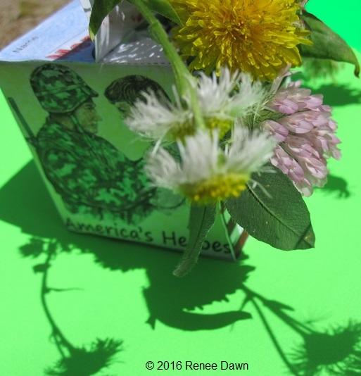 https://www.teacherspayteachers.com/Product/Veterans-Day-Craft-Box-Memorial-Day-Craft-Box-1859330