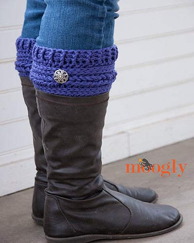 Crochet Treasures: 10 Free Boot Cuffs Crochet Patterns