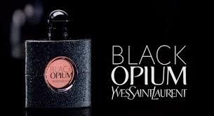 BLACK OPIUM de Yves Saint Laurent. Ciertos perfumes no deberían de ser nunca reinterpretados.