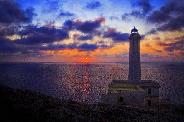Punta Palascia , Il  territorio d'Italia più vicino all'Albania