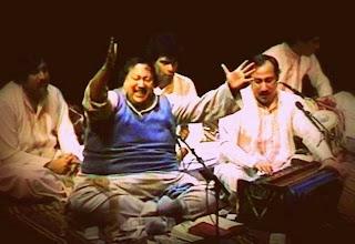 Lyrics Mein Khataien Gin Kay Bataon Kiya Nusrat Fateh Ali Khan