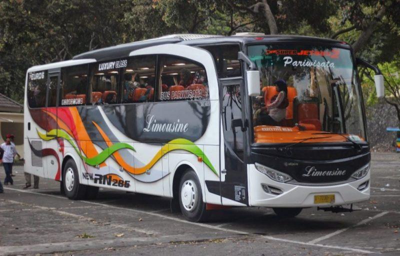 Set untuk Menyewa Perusahaan Transportasi Bus yang Sangat Cantik di Jakarta