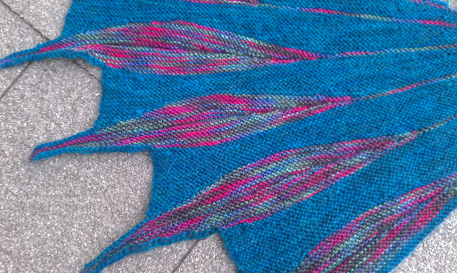 OceanKnitter: Dreambird and a Swing Knitting Class