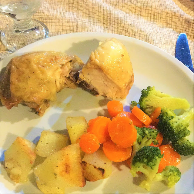 roast chicken Main meal Casa Galli