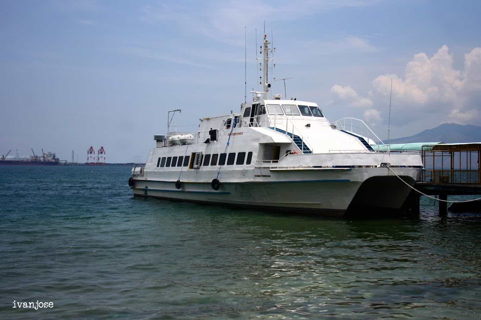 The ferry that would take us to Grande Island Resort