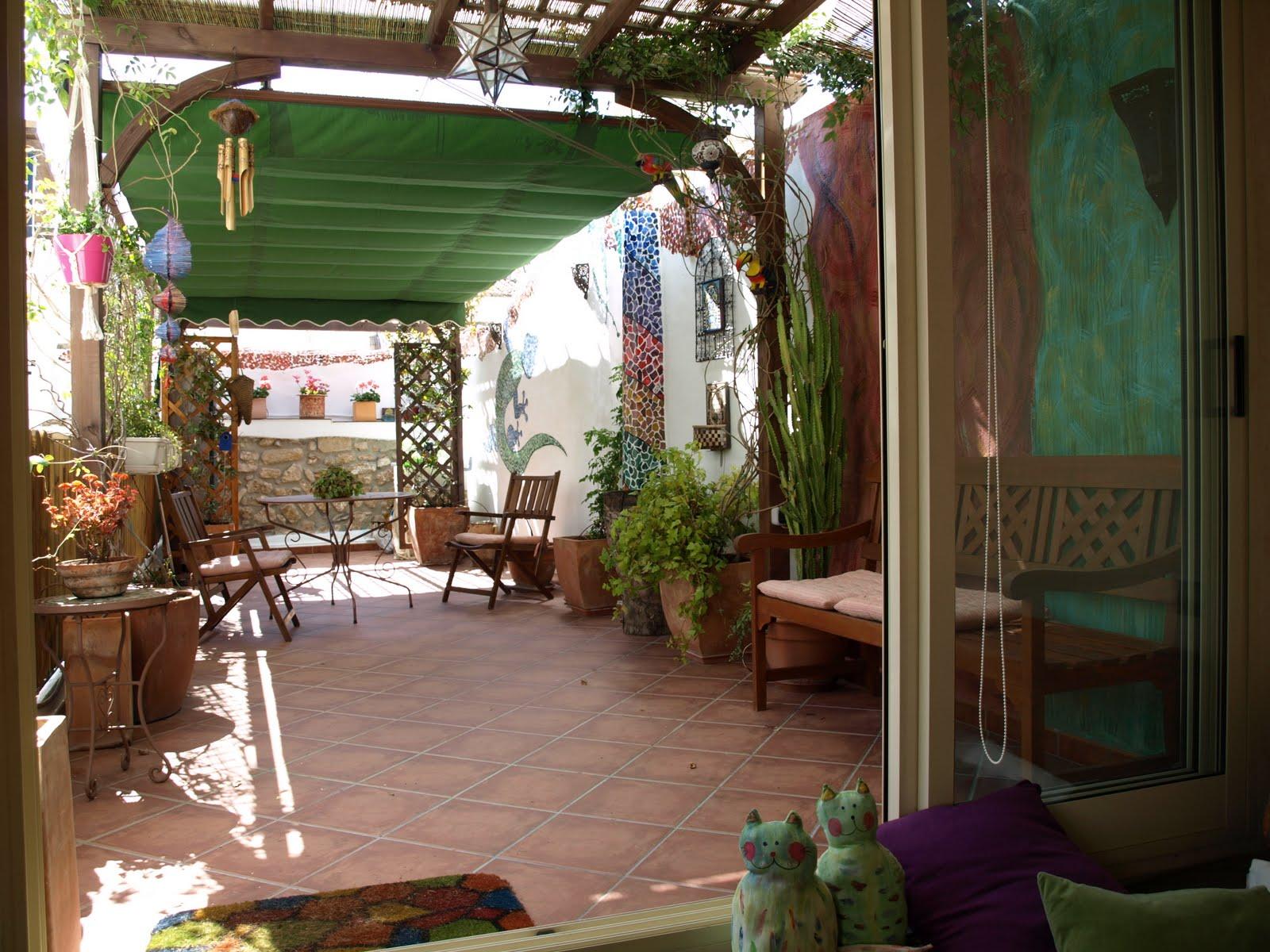 """""""Txin """" artearen txoko: decoracion patio interior"""