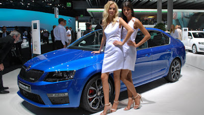 New 2017 Skoda Octavia vRS with model Hd Pose