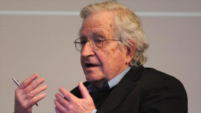 Chomsky: Estados Unidos e Israel piensan en atacar a Irán