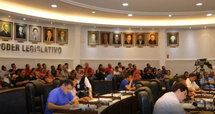 Catanduva: Vereadores aprovam nova Comissão Processante para investigar prefeito