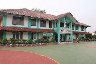 lingkungan sekolah SD