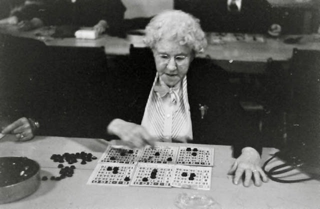 Cute old lady playing Bingo with several cards 1950s. Grandmothers and Glasses and Other stories of Matronly Women. marchmatron.com