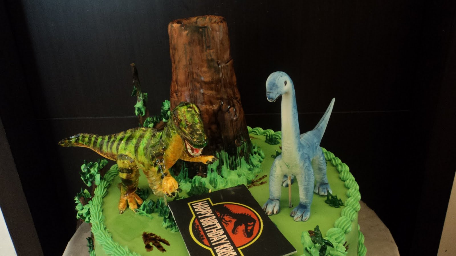 THE SWEET BOUTIQUE Couture Cakes Confectionery Jurassic Park