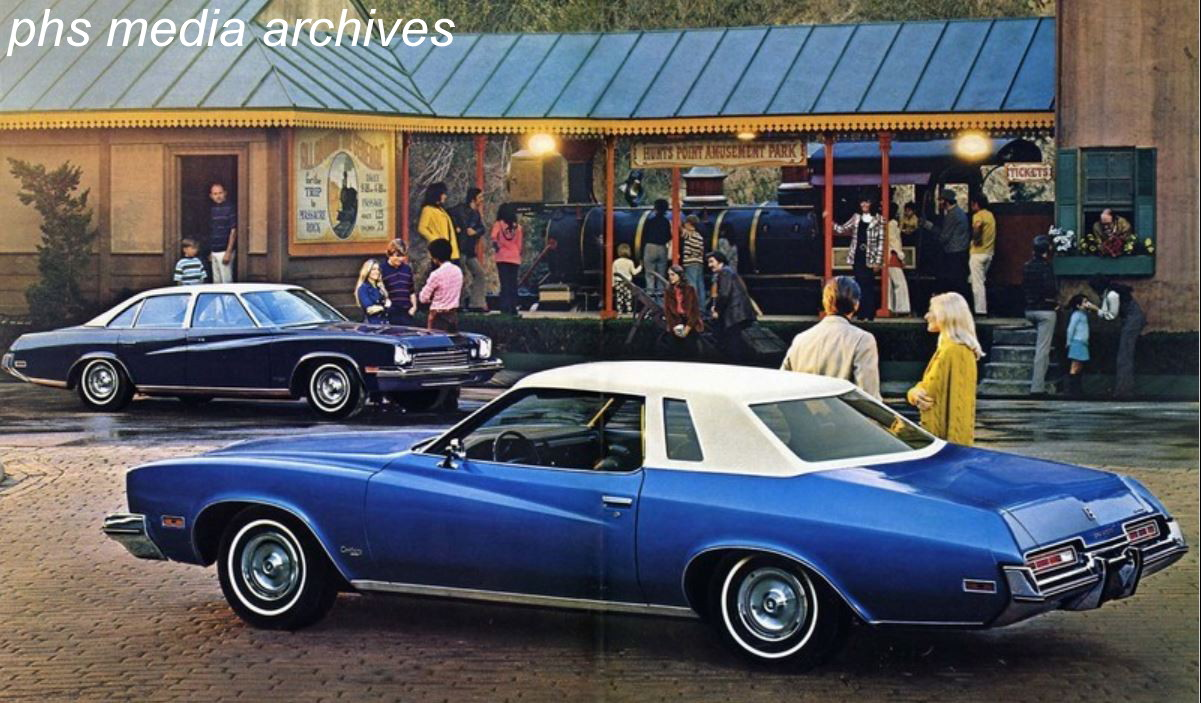 As intermediate buyers ordered more options, Buick added a premium trim  level called Luxus to the new. Century series which replaced the Skylark.