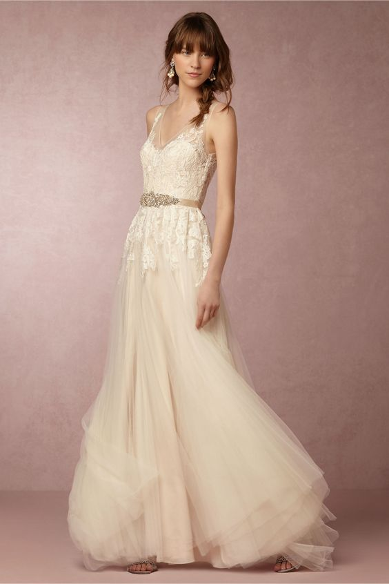 Bridal magic 9 bhldn wedding dresses that will totally for Knock off wedding dresses