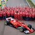 """Ferrari apresenta carro com """"barbatana"""" gigante e resgata predomínio do vermelho."""