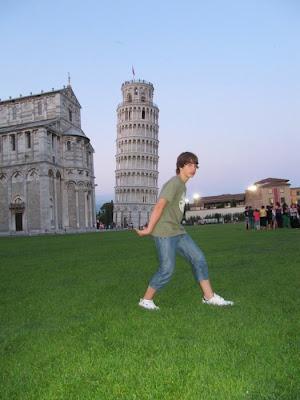 fotos divertidas en la torre de Pisa