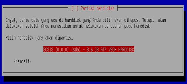 Instalasi Debian - Memilih hard disk yang akan di partisi
