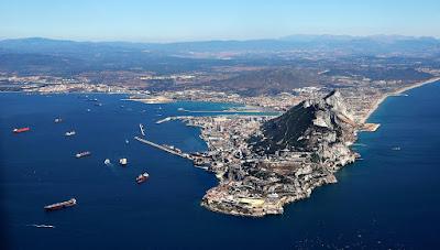 Skała Gibraltarska widziana z lotu ptaka