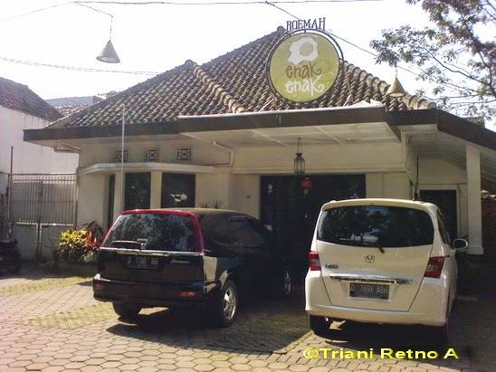 Roemah Enak Enak Bandung