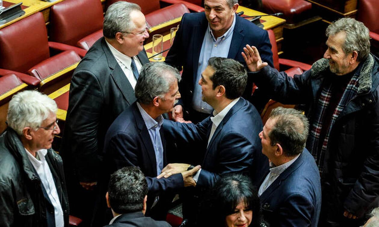 Ο μύθος της φιλολαϊκής κυβερνητικής πορείας προς τις εκλογές