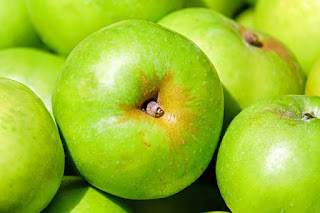 7 Health Benefits of Green Apple