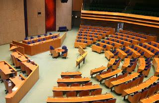 Nederlanda parliamento