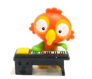 Попугай пианист из Киндер Макси 2019