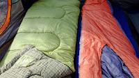 Αναπληρωτές εκπαιδευτικοί διανυκτέρευσαν με sleeping bags σε Σαντορίνη - Μύκονο!