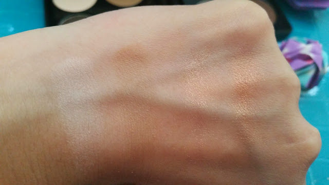 Swatch from left to right: Easy Base, Easy Shadow, Shine Rosegold, Shine Gold.
